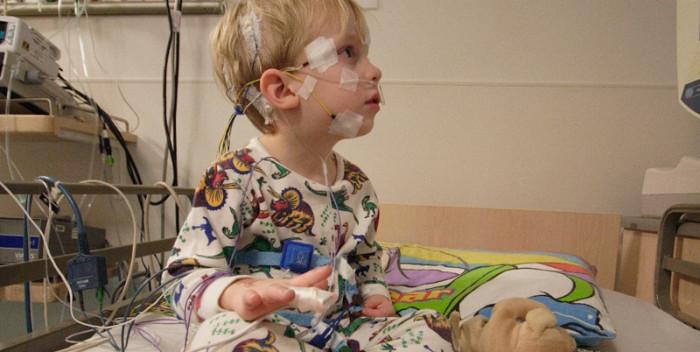 Patient Rettungsdienst Notarzt Einsatz Hirntumor Hirnblutung