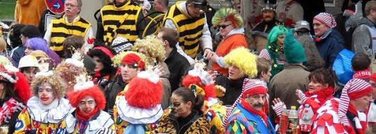 Karneval Köln - Quelle: blog-de.hostelbookers.com