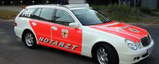 Rettungsdienst Notarzt NEF Blaulicht Einsatz Dortmund