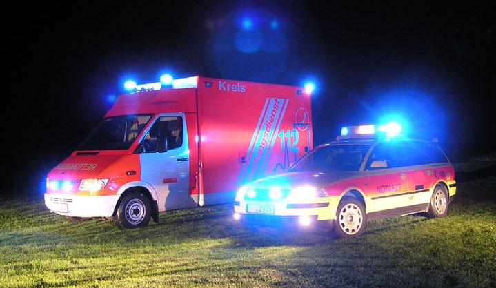Rettungsdienst im Einsatz - Quelle: Wikipedia Commons