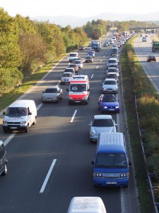 Rettungsgasse - Quelle: Wikimedia Commons / Creative Commons Lizenz