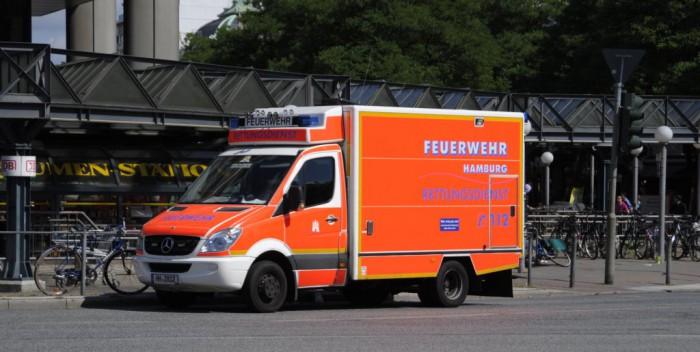 RTW BF Hamburg - Quelle: fahrzeugbilder.de - Foto: Thomas Flebbe