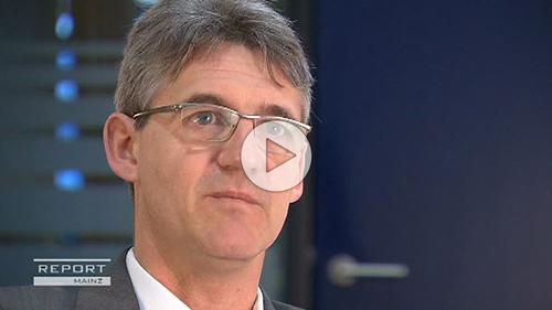 Ein Fachanwalt für Arbeitsrecht über die Situation von Rettungsassistent, Notfallsanitäter und Notarzt in Deutschland.